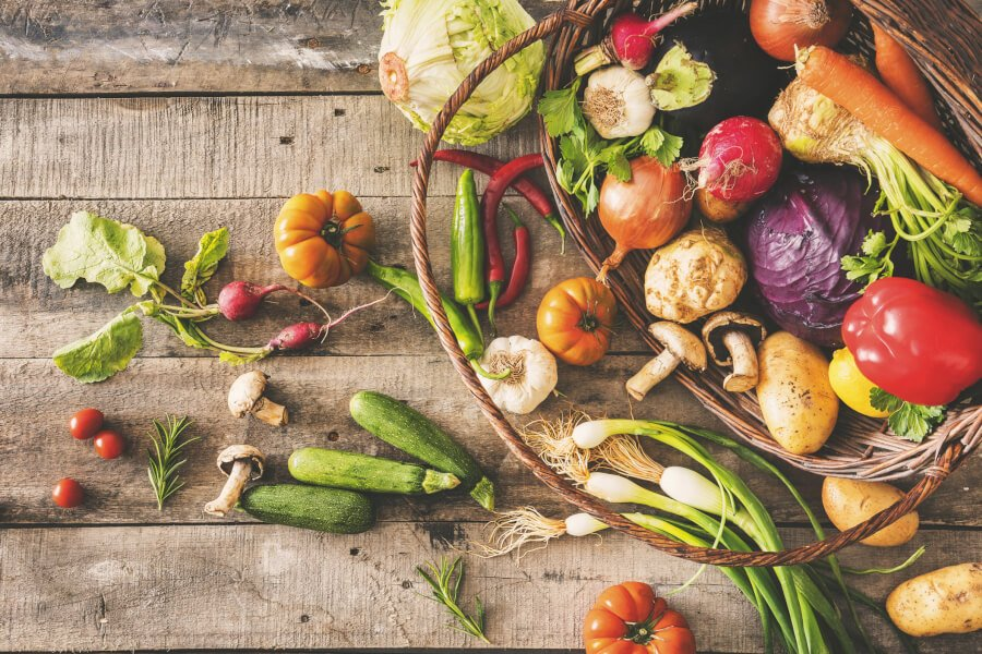 5 Tips to Shop Organic on a Budget thumbnail