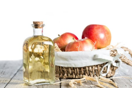 8 Interesting Facts about Apple Cider Vinegar You Probably Didn't Know thumbnail