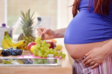 Important Nutrients and Foods for a Healthy Pregnancy thumbnail