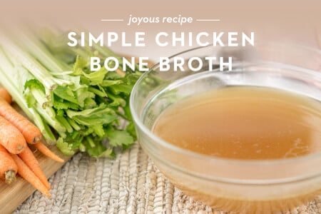 Simple Chicken Bone Broth thumbnail