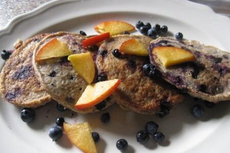 Blueberry Spelt Pancakes & Peach Walnut Sauce. Plus the Benefits of Breakfast! thumbnail