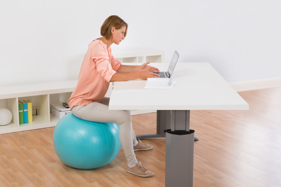 Six Ways To Get Fit While You're Stuck At A Desk thumbnail