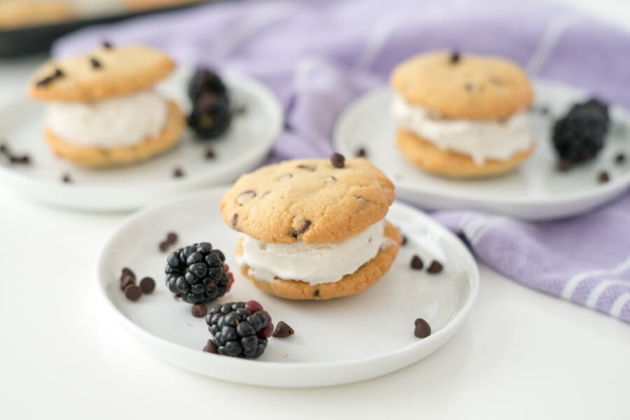 Chocolate Chip Ice Cream Sammies thumbnail
