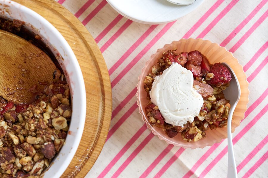 Grain-free Strawberry Rhubarb Crisp thumbnail