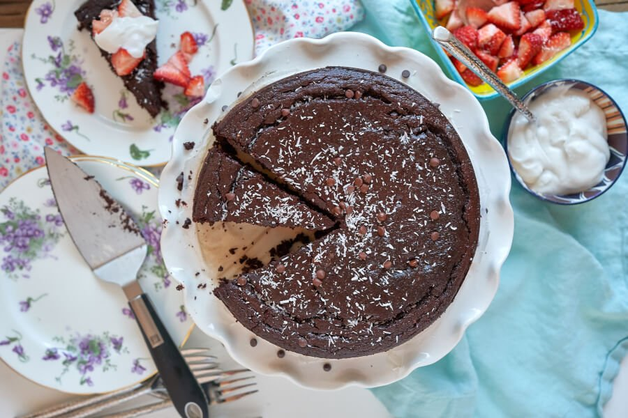 Flourless Gluten-free Dark Chocolate Cake thumbnail