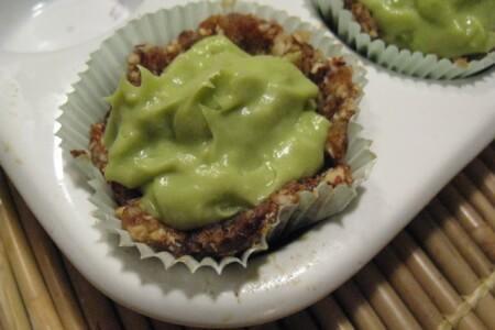 Vegan Key Lime Pie: Holistic Heavenly Recipe thumbnail