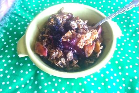 Peach Blueberry Crisp: No flour or dairy (vegan) thumbnail